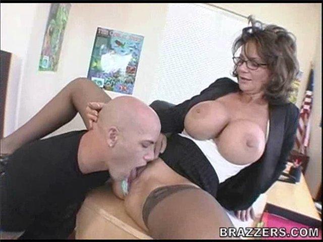 Порно онлайн видео кунилингус зрелой
