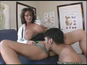 Вкусная пизда медсестры